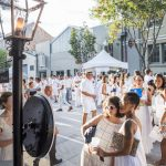Acara Festival Whitney White Linen Night Musim Panas Paling Bergaya New Orleans